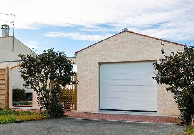 V-Garage simple agrandit pour plus d'espace