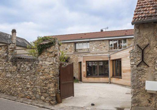 extension bois maison en pierre