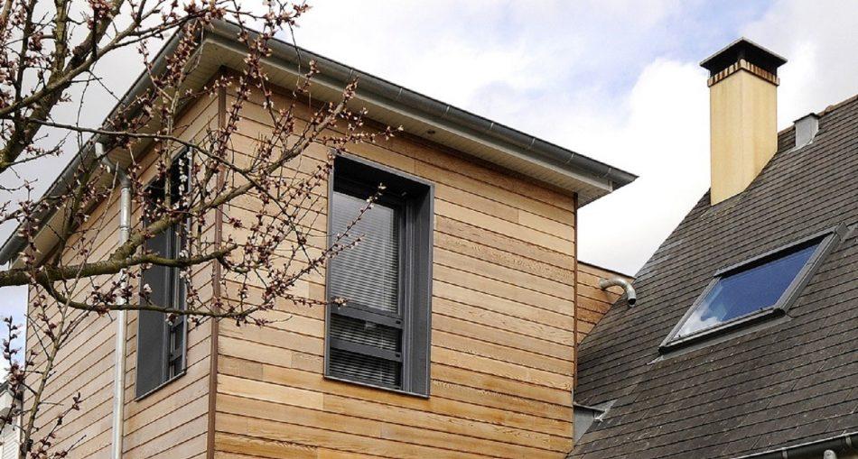 Surélévation d'un immeuble : pourquoi choisir le bois ?
