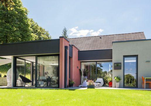 extension contemporaine maison ancienne