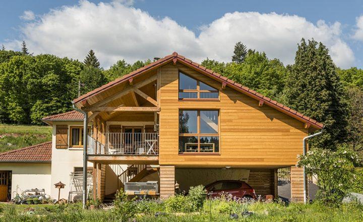 extension de maison style chalet en bois