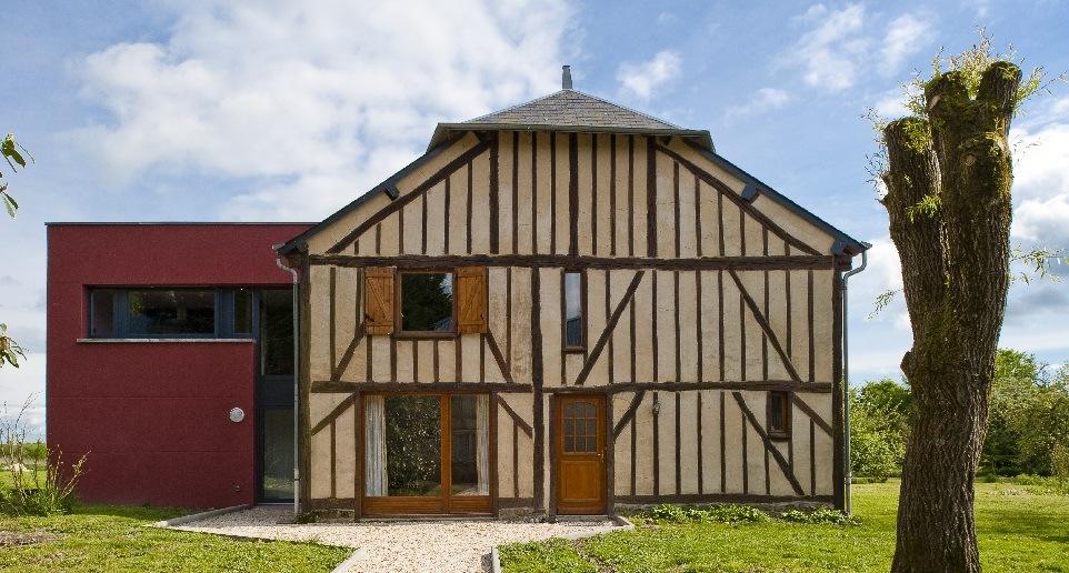 Extension moderne sur maison ancienne : comment choisir ? - Agrandir ...