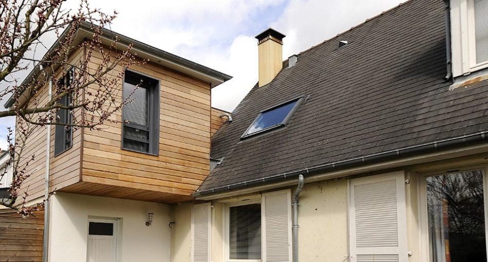 Extension maison bois 20m² : permis de construire ou déclaration préalable ?