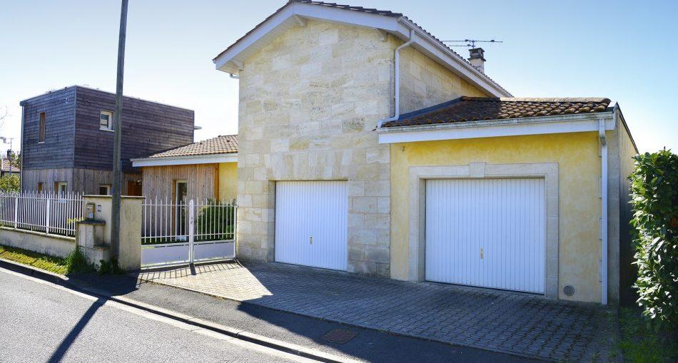 Quel est le prix d'un garage double en dur?