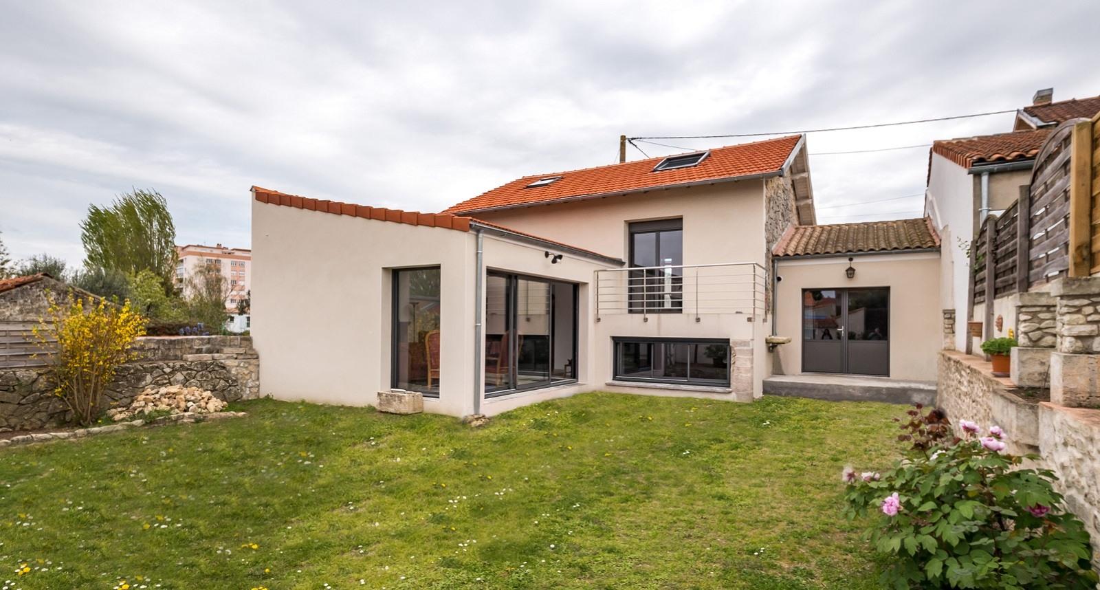 Devis Extension Maison à Montrouge ▷ Agrandissement Bois, Acier, Parpaing