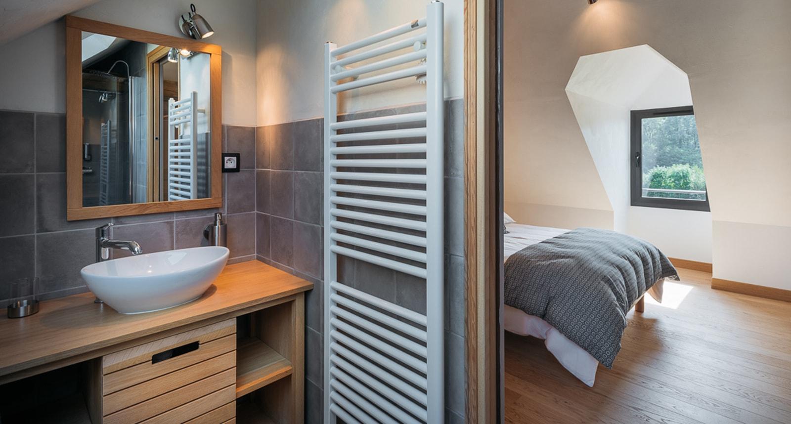 Baignoire Sous Les Combles comment créer une salle de bain sous combles ? - agrandir ma