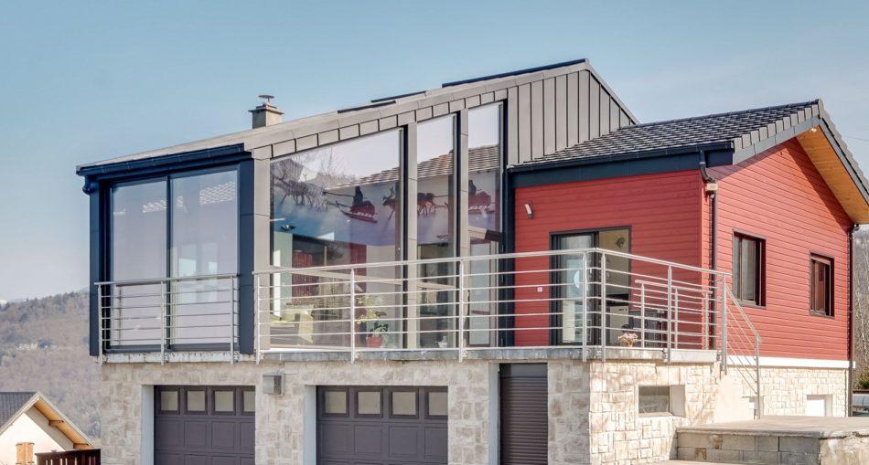 Pourquoi choisir une surelevation maison zinc?